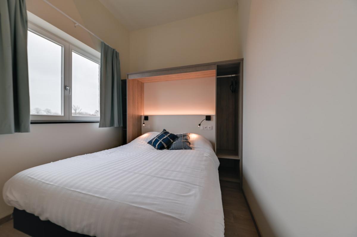 Een Persoon Slaapkamer.5 Persoons Vakantieverblijf Met Slaapkamer Holiday Suites Nieuwpoort