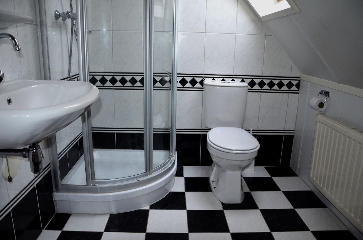 Badkamer Met Whirlpool : 4 persoons landhuis tv4 met sauna vakantiepark het timmerholt